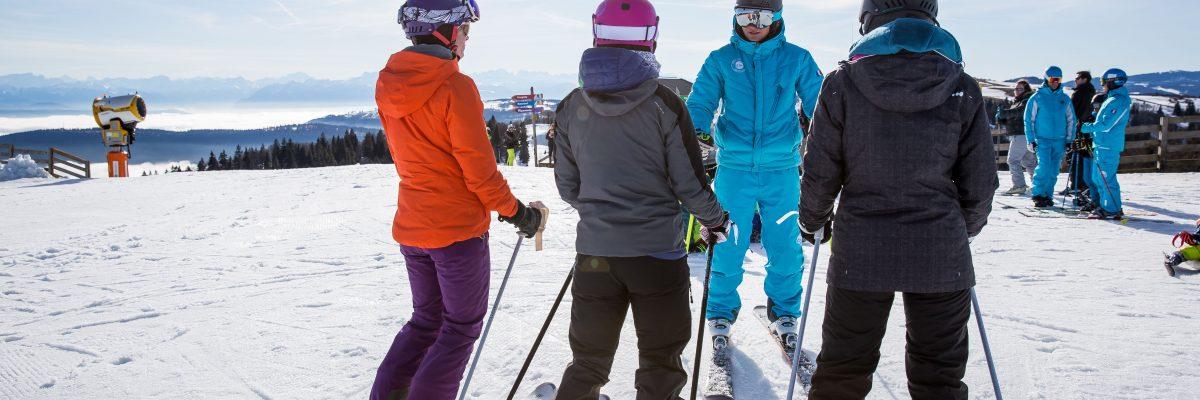 Mini groupes en ski pour les adultes à Montgenevre.